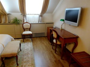 Soba Anne Wittule - 304 - Hotel Mitra Ptuj