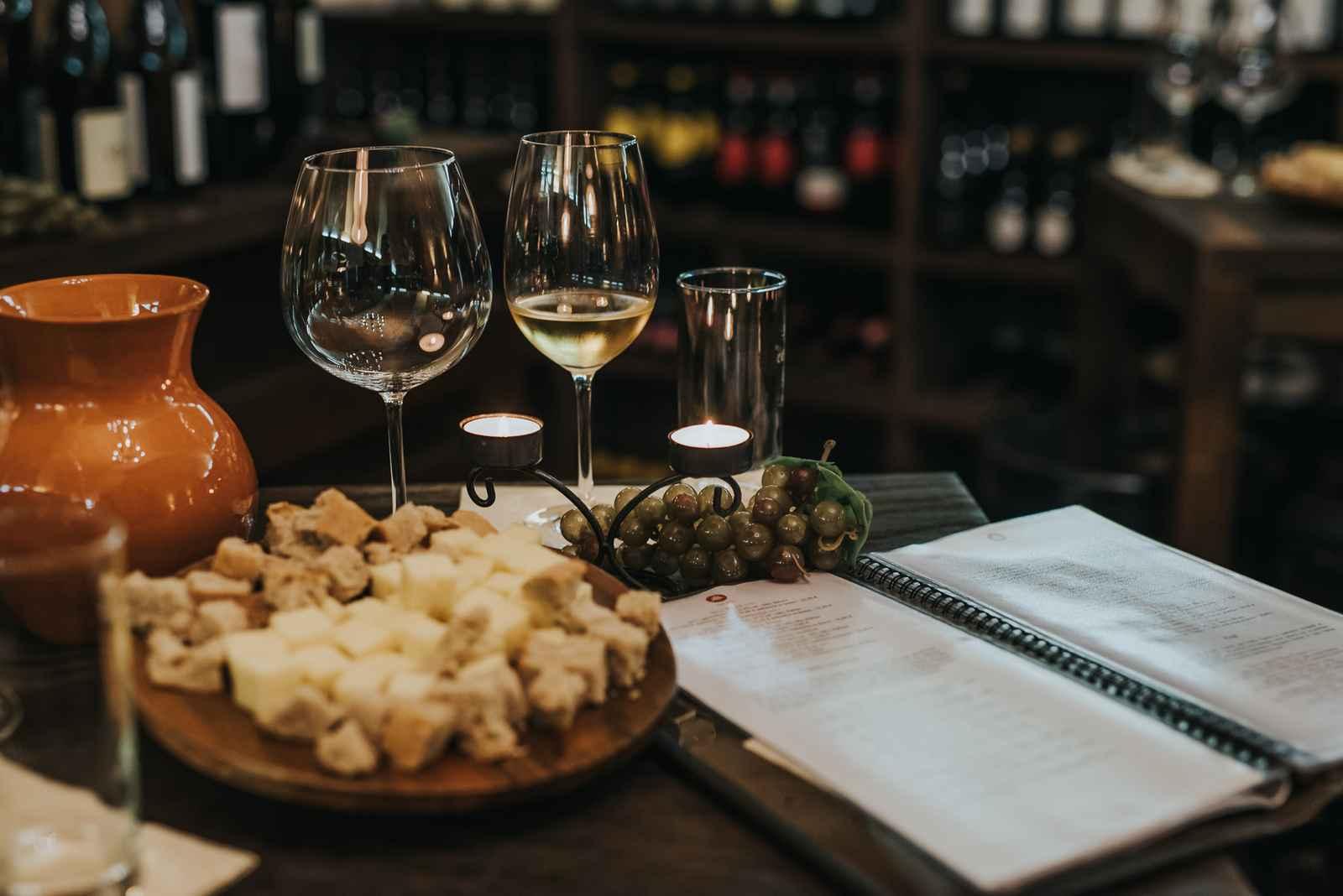 Degustacija vina in sira v vinski kleti Osterberger - Hotel Mitra Ptuj