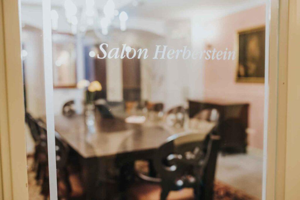 Salon Herberstein za poslovna srečanja - Hotel Mitra Ptuj