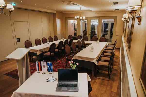 Hotel Mitra Ptuj - Prireditveni prostori - Salon Alojzije Strauss