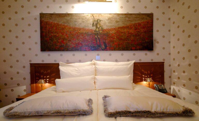 206. St. George's Room